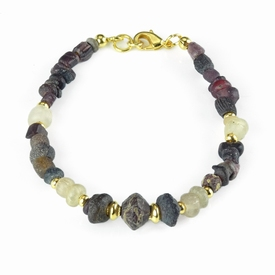 Bracelet with Roman purple and semi-translucent glass beads