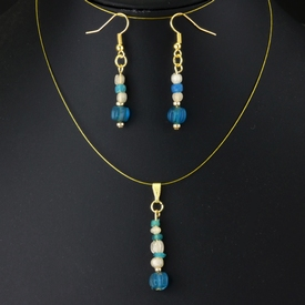 Pendant and earrings with Roman blue glass beads