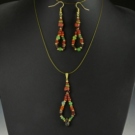 Pendant and earrings with Roman green and red glass beads