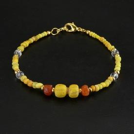 Bracelet with Roman yellow glass and carnelian beads