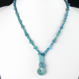 Necklace with Roman turquoise glass beads
