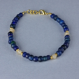 Bracelet with Roman blue and semi-translucent glass beads