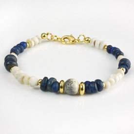 Bracelet with Roman blue glass, shell and stone beads