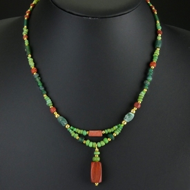 Necklace with Roman green and red glass beads