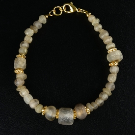 Bracelet with Roman semi-translucent glass beads