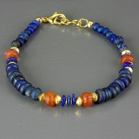 Bracelet with Roman blue glass, lapis and carnelian beads