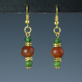 Earrings with Roman green glass and carnelian beads