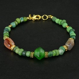 Bracelet with Roman green glass and agate beads