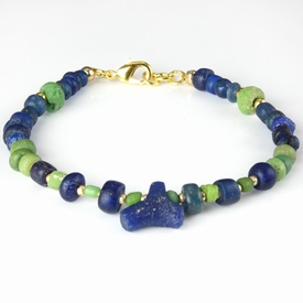 Bracelet with Roman blue and green glass beads