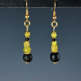Earrings with Roman yellow and black glass beads