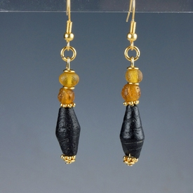Earrings with Roman amber colour and black glass beads