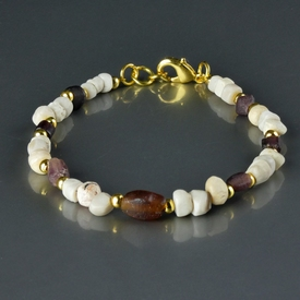 Bracelet with Roman purple glass, shell and stone beads