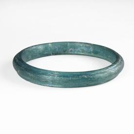Solid Roman aquamarine / blue glass bracelet