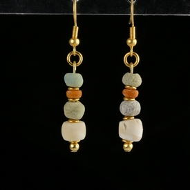 Earrings with Egyptian faience, shell and glass beads