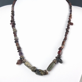 Necklace with Roman purple glass beads