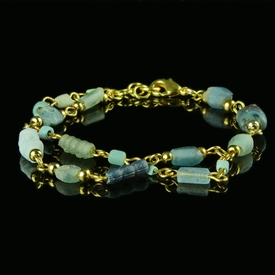 Bracelet with Roman aquamarine / blue glass beads