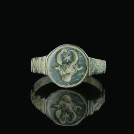 Medieval bronze armorial seal ring with bull head