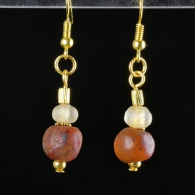 Earrings with Roman semi-translucent glass and carnelian