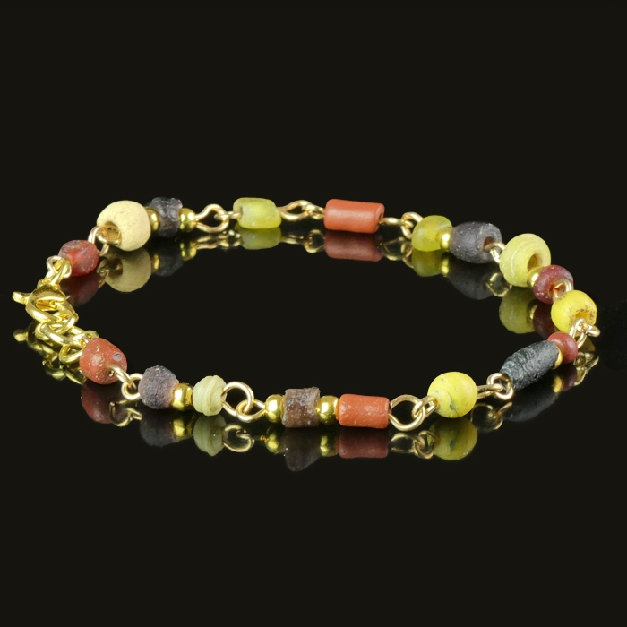 Bracelet with Roman red, purple and yellow glass beads