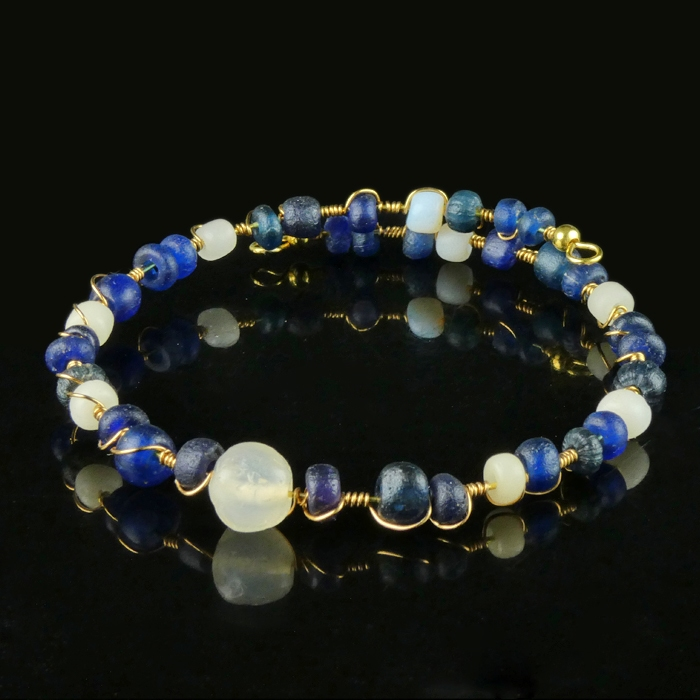 Bracelet with Roman wire-wrapped blue and white glass beads