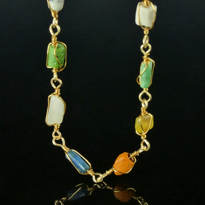 Bracelet with Roman wire-wrapped multicoloured glass beads