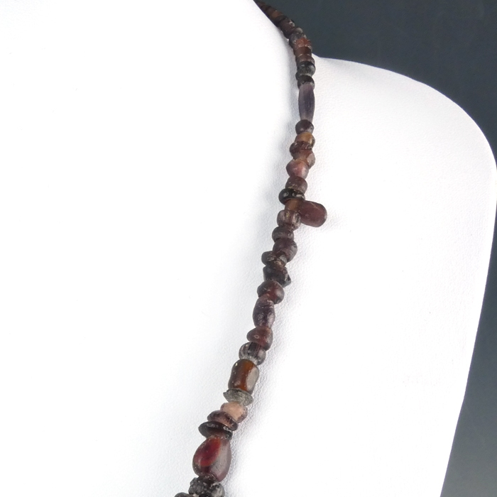 Necklace with Roman purple glass, jasper, amber beads