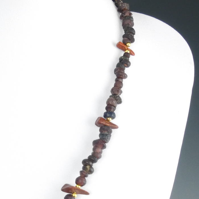 Necklace with Roman purple glass and jasper beads