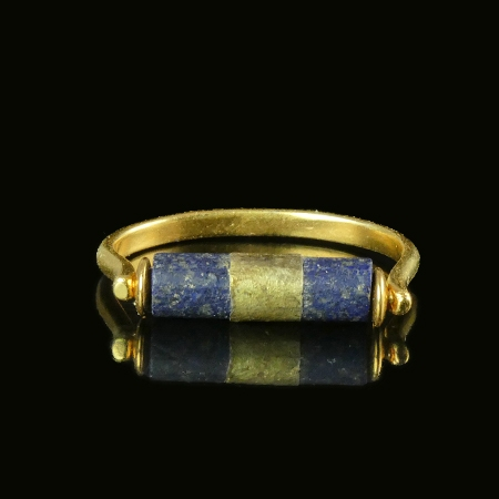 Ring with Egyptian gold-wrapped Lapis Lazuli bead