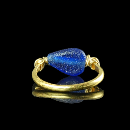 Ring with Roman wire-wrapped blue glass bead