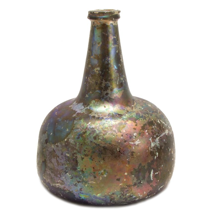 17th century wine bottle (onion bottle or kattekop)