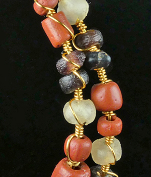 Wire-wrapped glass beads